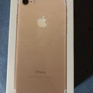 Accessories - iPhone 7 never used